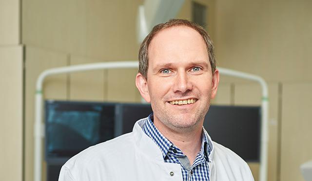 Chefarzt Ralf Weßel